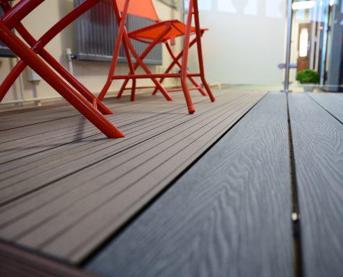 Contrasting Garden Flooring